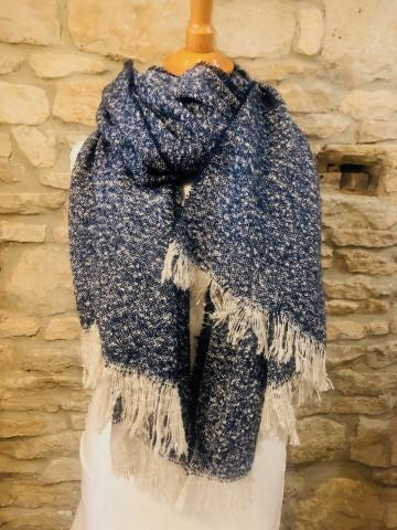 Wooly sequine scarf