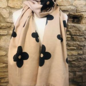 Daisy print scarf OUT OF STOCK